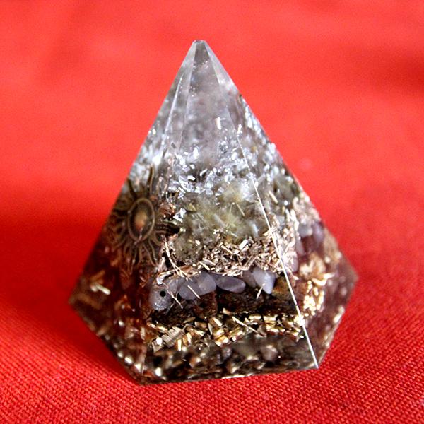 Pyramide Hexagonale Soleil Mrs Kuartz